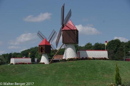 xc windmill jump